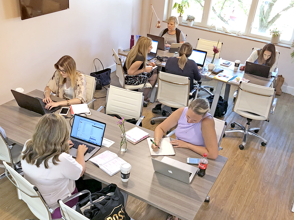 Pastel Coworking | Office Space For Women in Beautiful
